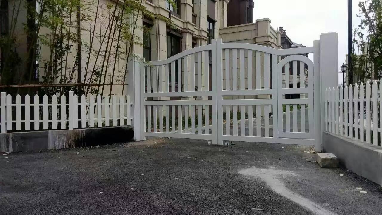 防腐木栅栏门