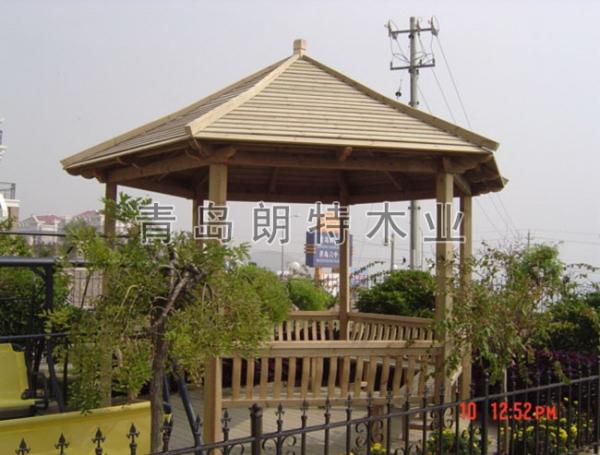 青岛防腐木景亭
