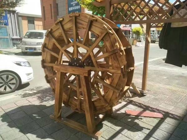 青岛防腐木水车